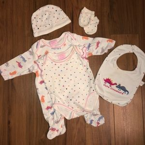 *** 2/12$ *** Baby girl FULL dinosaur matching set